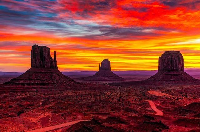 monument-valley-travel